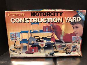 Matchbox 1990 Motorcity Construction Yard Sealed (WaterLogged Box) Dela3456