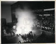 1943 Press Photo New York Madison Square Garden Civil Defense demo in NYC