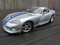 Burago 1:18 Dodge Viper GTS V10 Coupe Silver Blue American Sports Car Model Toy