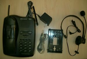 UNIDEN EX17926 2-Line 900 MHz Cordless Phone w/ Power Supply, headset, battery