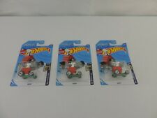 Hot Wheels Screen Time Peanuts Snoopy lot of 3 1/64 case Q