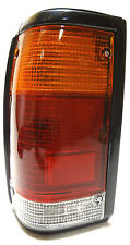 MAZDA B2000 / B2500 1985-1998 REAR TAIL LEFT Semafori Lampada LH