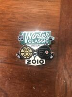 NHL- WINTER CLASSIC BOSTON 2010- BOSTON BRUINS VS. PHILA. FLYERS LOGO PIN