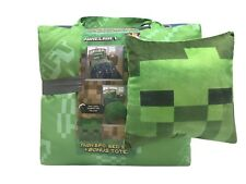 Minecraft 5 Piece Twin Bed Set with Bonus Tote and Decorative Pillow