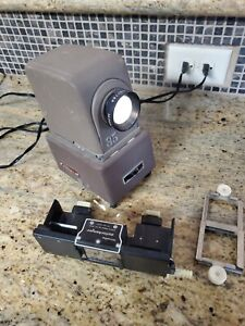 MINOLTA Mini 35 Autochanger Slide Projector in  Works!