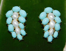 Vintage Trifari Turquoise Blue Faux Pearl Clip on Earrings 7b 76