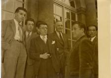 Paris, Robert Lacoste reçoit la délégation de la fédération nationale du sous-so