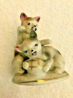 Vintage Ceramic Pair of Cats Kitties Kittens Figurine marked Japan MIJ