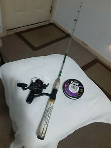 """Spinning fishing Rod Shakespeare 5'6""""Light And reel Shimano W/extra line Lot B69"""