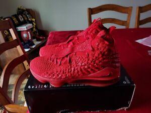 Nike Lebron 17 XVII Red Carpet Mens 15 University Red BQ3177 600 NO LID ON BOX
