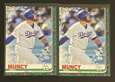Max Muncy 2019 Topps Holiday #41 (1-Metallic) DODGERS Lot of 2
