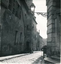 AVALLON c. 1950 - Une Rue Yonne - DIV 11183