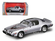 1979 PONTIAC FIREBIRD TRANS AM SILVR 1/43 DIECAST CAR BY ROAD SIGNATURE  94239