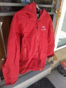 Arcteryx Beta SV Jacket Men's Size Large | Dynasty Red | Gore-Tex | $675 Retail