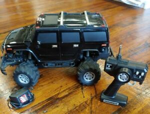 2003 Radio Shack 1:10 Hummer Mattracks w/ Remote and Charger ~ Tested, Works