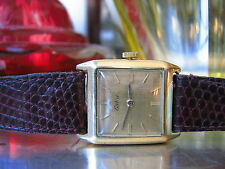 Nicht wasserbeständige quadratische Armbanduhren mit Glanz