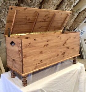 USA Handmade! Amish Style Blanket Hope Chest Vintage Farmhouse Solid Wood Trunk