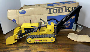 1964 TONKA TOYS YELLOW  TRENCHER #534 WITH BOX Mound, Minnesota Steel Tractor