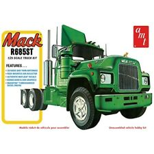 1/25 Mack R685St Semi Tractor Model Kit - Hobbies 'Amt1039 (Amt)