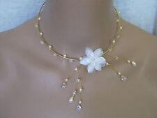 Collier Blanc/ Doré/Cristal p robe de Mariée/Mariage/Soirée Fleur + perles verre