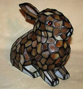 LIGHTED MEYDA TIFFANY #36734 TIFFANY STAINED GLASS RABBIT TABLE DESK LAMP