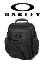 *NEW* Oakley Vertical Messenger Pack 2.0 Blackout Computer Bag 921125-02E *NEW*