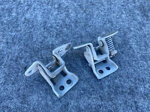RIGHT DOOR HINGE HINGES SET UPPER LOWER DODGE CHALLENGER SRT OEM (15-20)