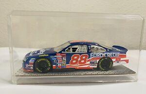 NASCAR Dale Jarrett #88 1999 Ford Taurus 1:24 Die Cast w/ Acrylic Display Case