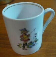 ?Kindertasse  ?Marken Porzellan Tasse mit Muster ?ca 7 cm hoch?