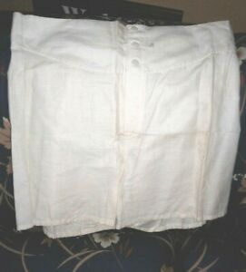 WW II U.S.M.C. Drawers, cotton, white, button fly NOS