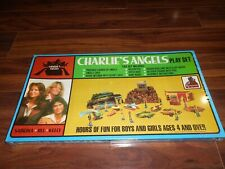 """RARE 1977 """"CHARLIE'S ANGELS""""PLAYSET BY THE TOY FACTORY , MIB/FACTORY SEALED !!!!"""