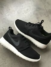 NIKE ROSHE ONE BLACK SAIL ANTHRACITE sz 8.5 511881 010 leopard yeezy trophy air