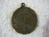 Elephants Head, Ausable Chasm New York Souvenir Medal Medallion 39mm Gilded