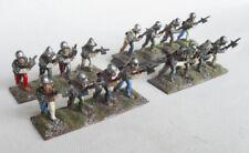 Dieciséis Pintado 25mm 28mm Fundición medieval alabarderos.