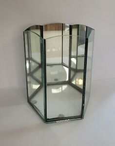 Vintage glass mirrored back curio display. Nice!!