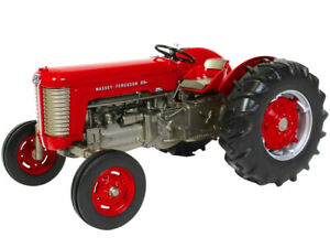 MASSEY FERGUSON 65 WIDE FRONT GAS TRACTOR RED 1/16 DIECAST MODEL SPECCAST SCT762