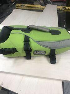 outward hound life jacket small