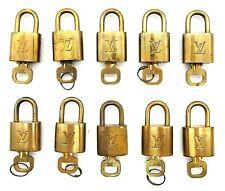 LOUIS VUITTON Cadena Padlock & Key 10 Pieces Set Gold Brass