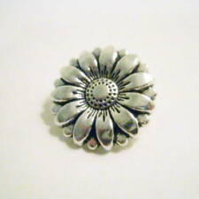 10 Antique Silver Sunflower Shank Buttons, 18mm, Sewing Buttons, Crafts  G1419