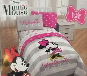 Disney Minnie Mouse Twin Microfiber Comforter NIP