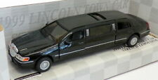 1999 Lincoln Town Car Stretch Limousine, Limo, Diecast Model Toy Car, 7'', 1:38