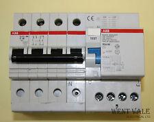ABB S273-NA/DDA 64 - 16 A Type C 4 Pôle Disjoncteur & 30 mA 40 A Quatre Pôle RCD Bloc utilisé