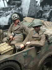 Escala 1/35 Segunda Guerra Mundial Soldados X 2 sentado en un vehículo No. 2 Modelo Militar Kit