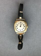 An Antique 14K Gold Art Deco Gallet & Co Ladies Swiss Watch