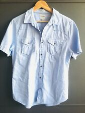 Guess Men's Casual Button up Short Sleeve Blue Shirt, Size Medium