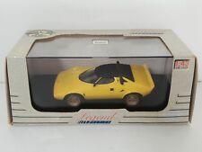 Voiture 1/43 Universal Hobbies Legend Series LANCIA Stratos jaune EN BOITE