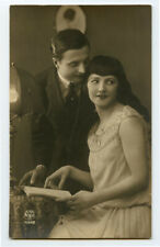 1920s Glamour PRETTY YOUNG LADY Flapper Couple Deco Beauty photo postcard