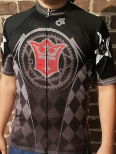 Champ-sys Wheeltags Cycling Jersey Size L Club Cut 3 Pockets Zip Short Sleeve GC