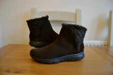 "SKECHERS ON THE GO ""JOY BUNDLE UP"" BROWN SUEDE LEATHER/FAUX FUR LINED BOOTS UK 5"