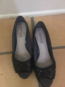 Diana Ferrari Super Soft Peep Toe Blacks Size 8 C Women's RRP $129